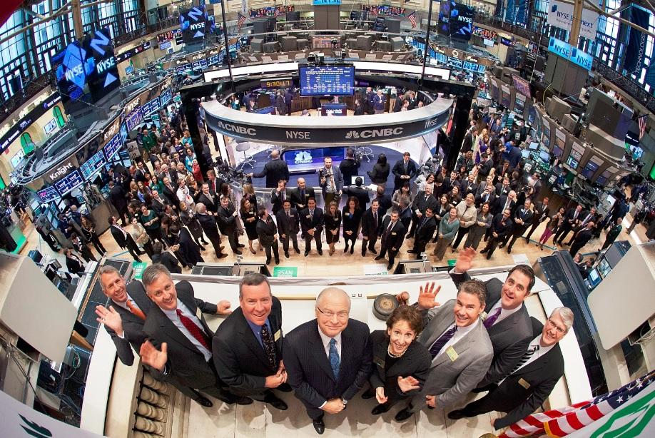 油价强反弹 欧美股市大涨标普本年转涨