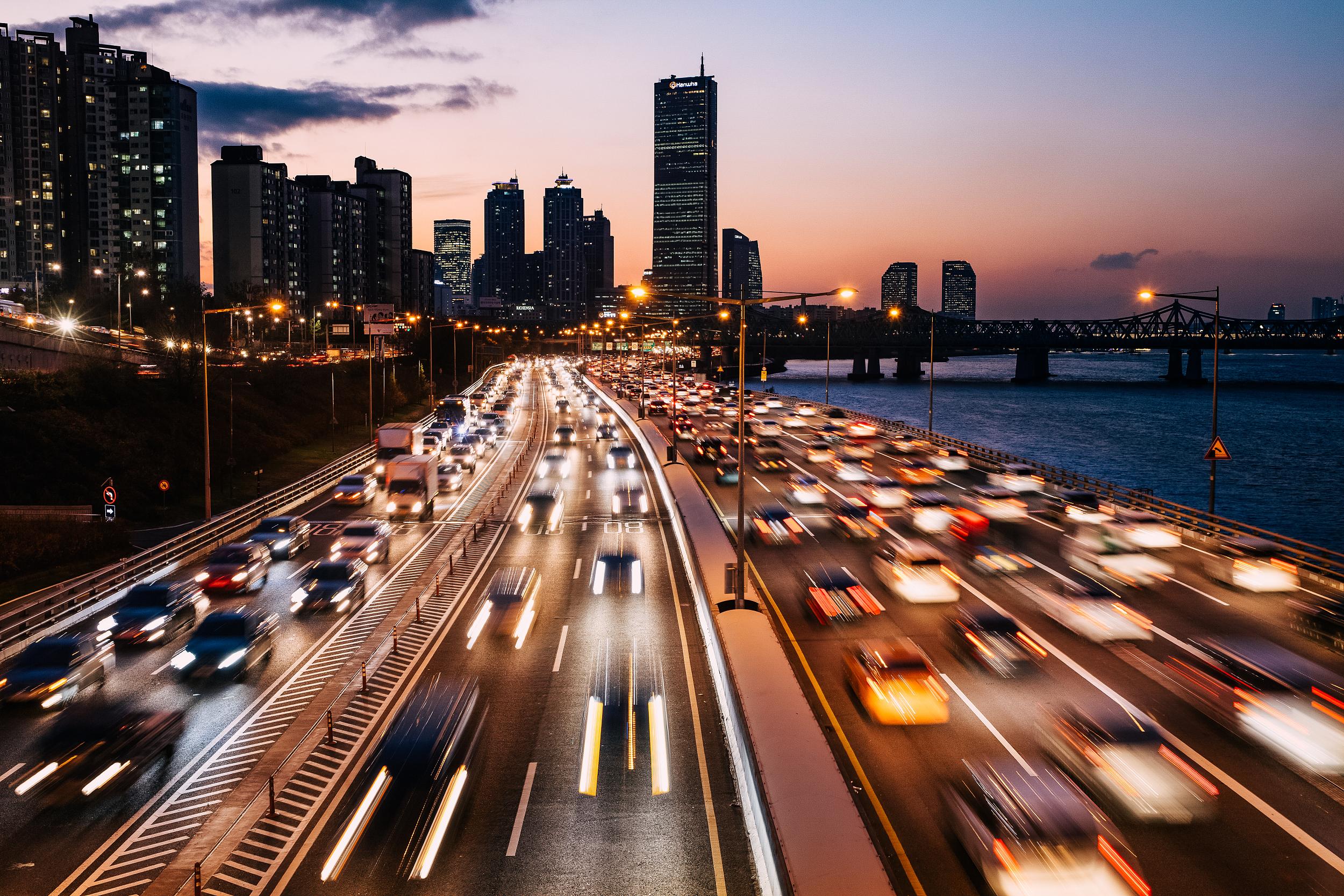中汽协:9月乘用车销量比上月呈明显增长,新能源乘用车市场渗透率达到19.5%