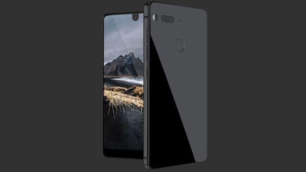据了解,Essential Phone采用了类似夏普S2的异形全面屏+模块化的设计理念,正面屏占比接近90%。其后置摄像头右边的两个小孔,可安装外置配件,目前官方公布了一个360度的摄像配件。
