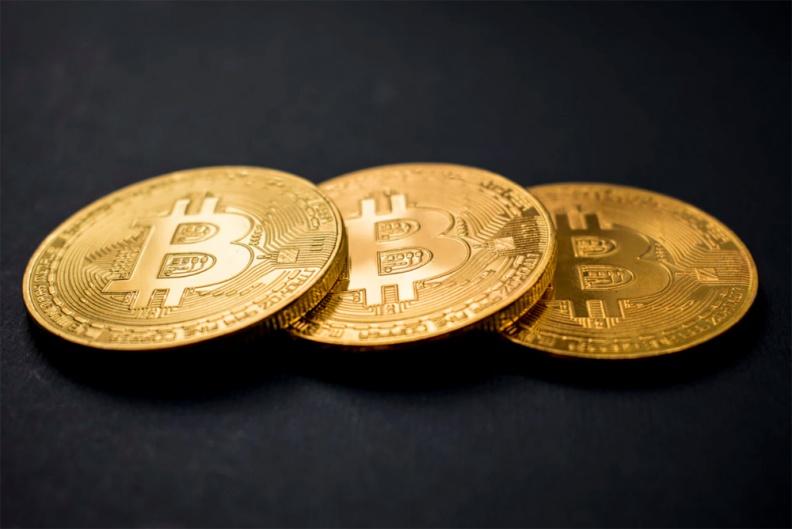 """加密货币成了""""过街老鼠""""!伊朗禁止挖矿,韩国强制交易所客户开设银行账户"""