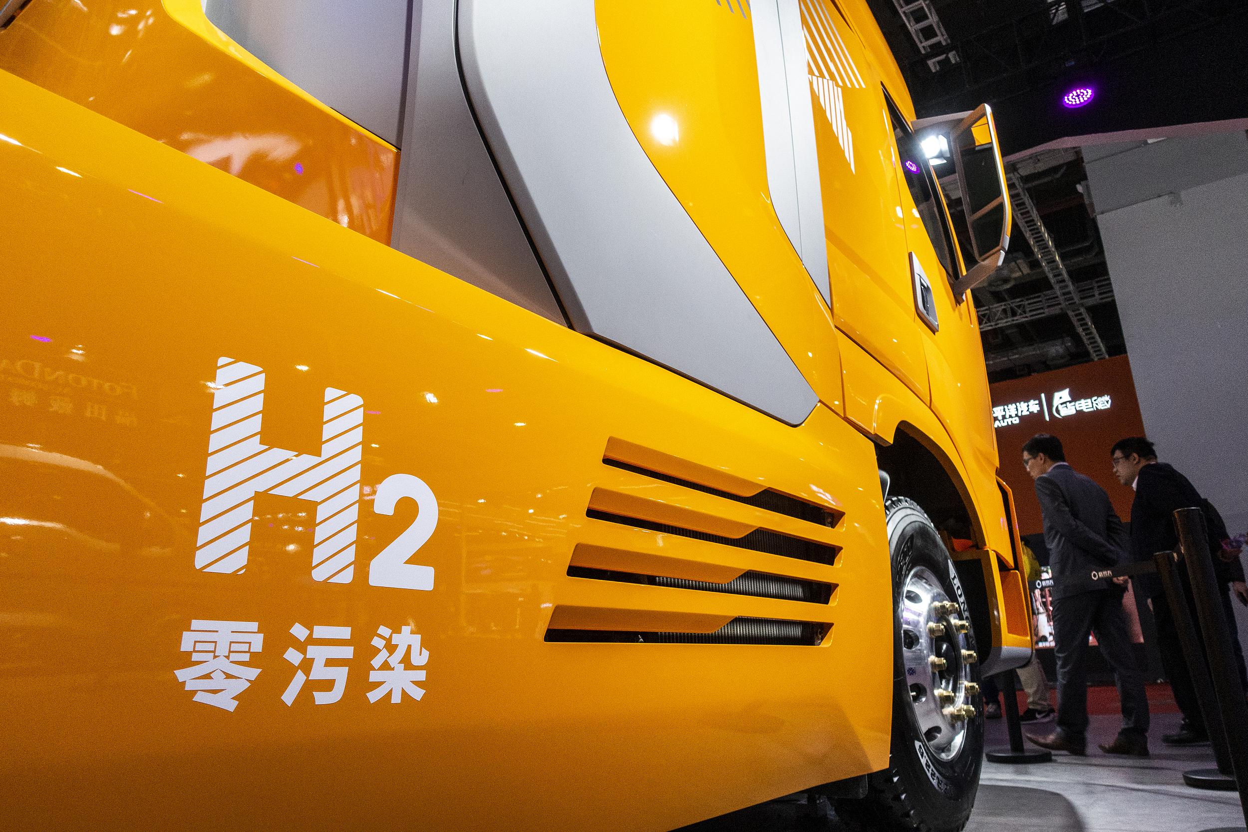 新能源汽车|新能源崛起将很快威胁到柴油车 两大重型卡车巨头大手笔押注氢燃料车