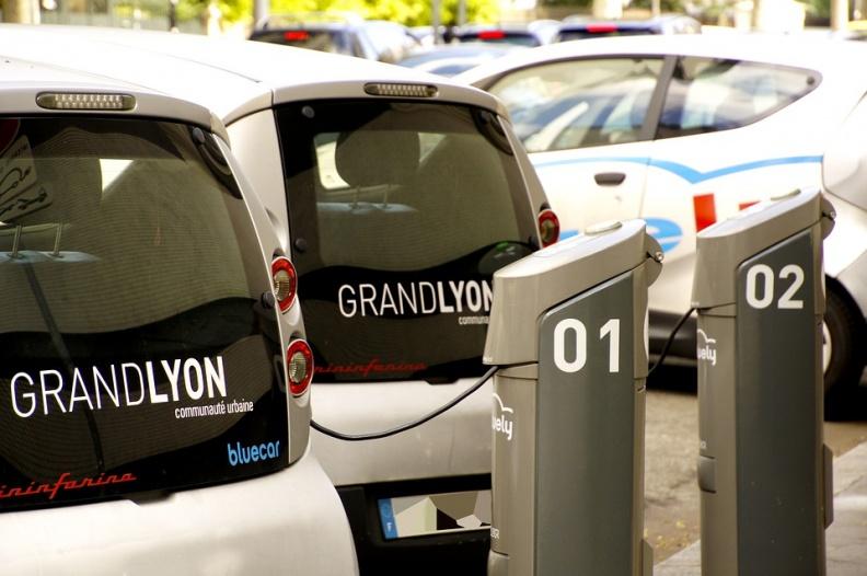 汽车 G7会议的核心议题:如何在2030年前减少燃油汽车销售