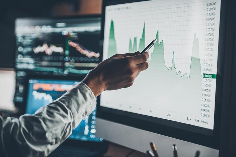 港股低开 恒生科技指数跌1.84% 美团跌2.5%