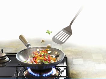 """芯片巨头跨界美食界?英伟达推出""""厨房达人""""机器人"""