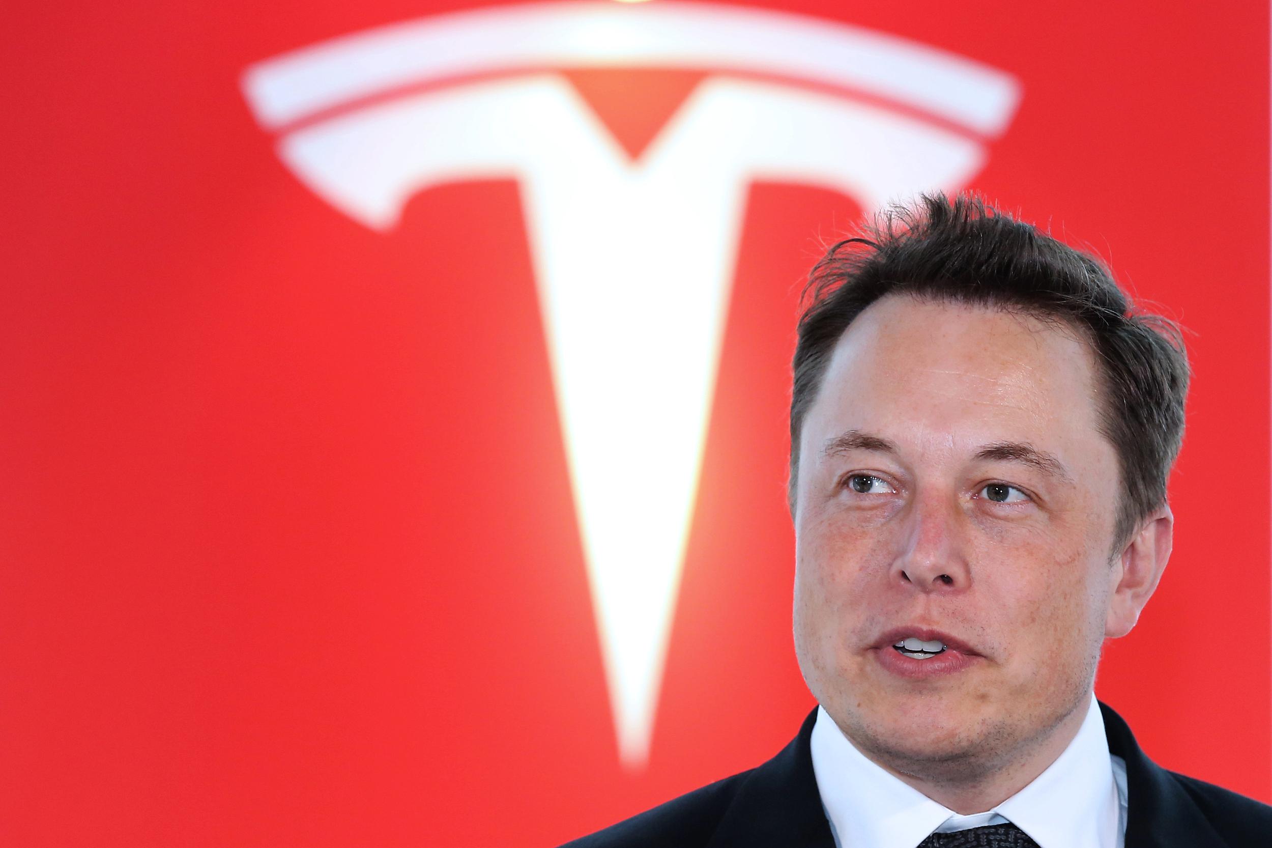 特斯拉确认:全球标准版Model 3和Moderl Y只用磷酸铁锂电池
