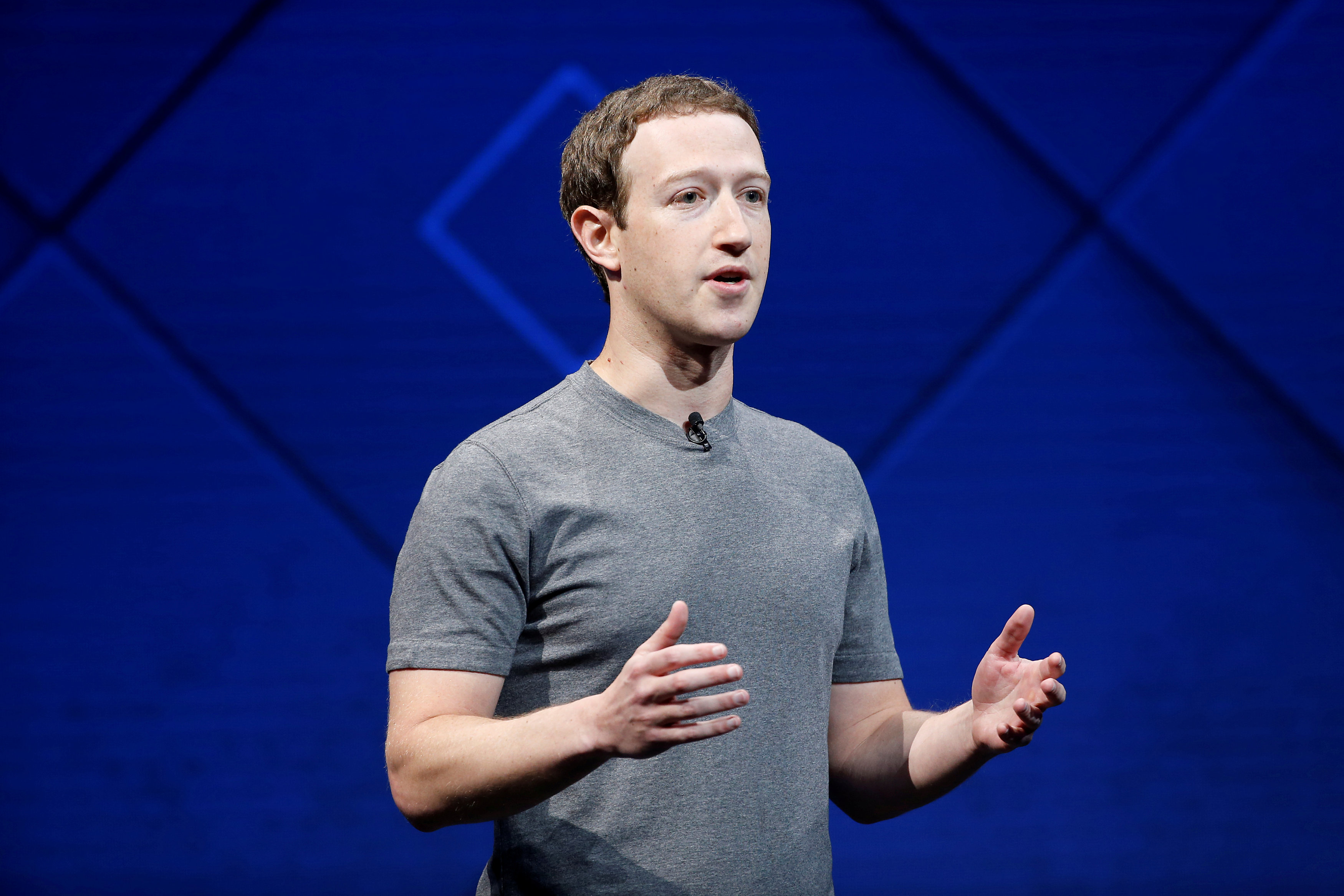 Facebook%20CEO%20马克·扎克伯格.jpg