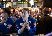 美股交投辗转 道指盘中上涨153点后回落  银行股止跌反弹 美元回涨金价跌1%