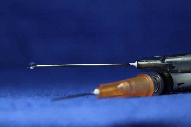 新冠疫苗|审核委员会质疑,阿斯利康疫苗美国试验被要求补充数据