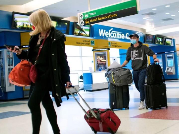 推动旅游业复苏 美国拟允许接种过疫苗的外国游客入境