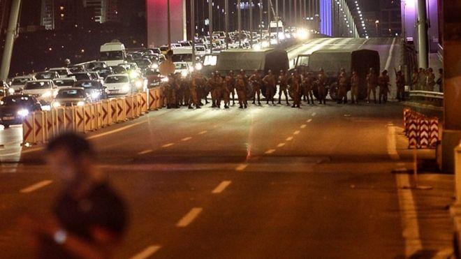 土耳其政变:军方称已推翻政府、全国戒严【图】