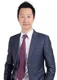 """90后""""少主""""们登场接班,张康阳并不是个案,就在今年5月,融创中国董事会主席孙宏斌的儿子孙�匆灰渤晌�了融创中国高管,他今年只有27岁。"""