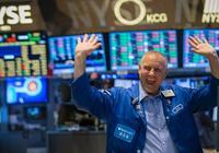 美股收涨两日 道指盘中最高涨190点 美元经历一年最大单周跌幅