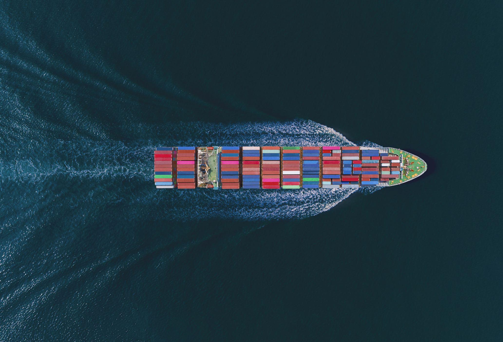 需求旺盛 海运费飙涨!全球航运业收入创2008年以来新高
