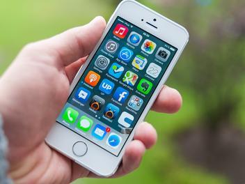 全球两大应用商店成绩曝光:苹果收入超谷歌近一倍 下载量不及后者40%