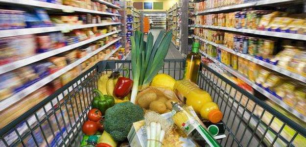 中国1-2月社会消费品零售总额同比大增33.8%