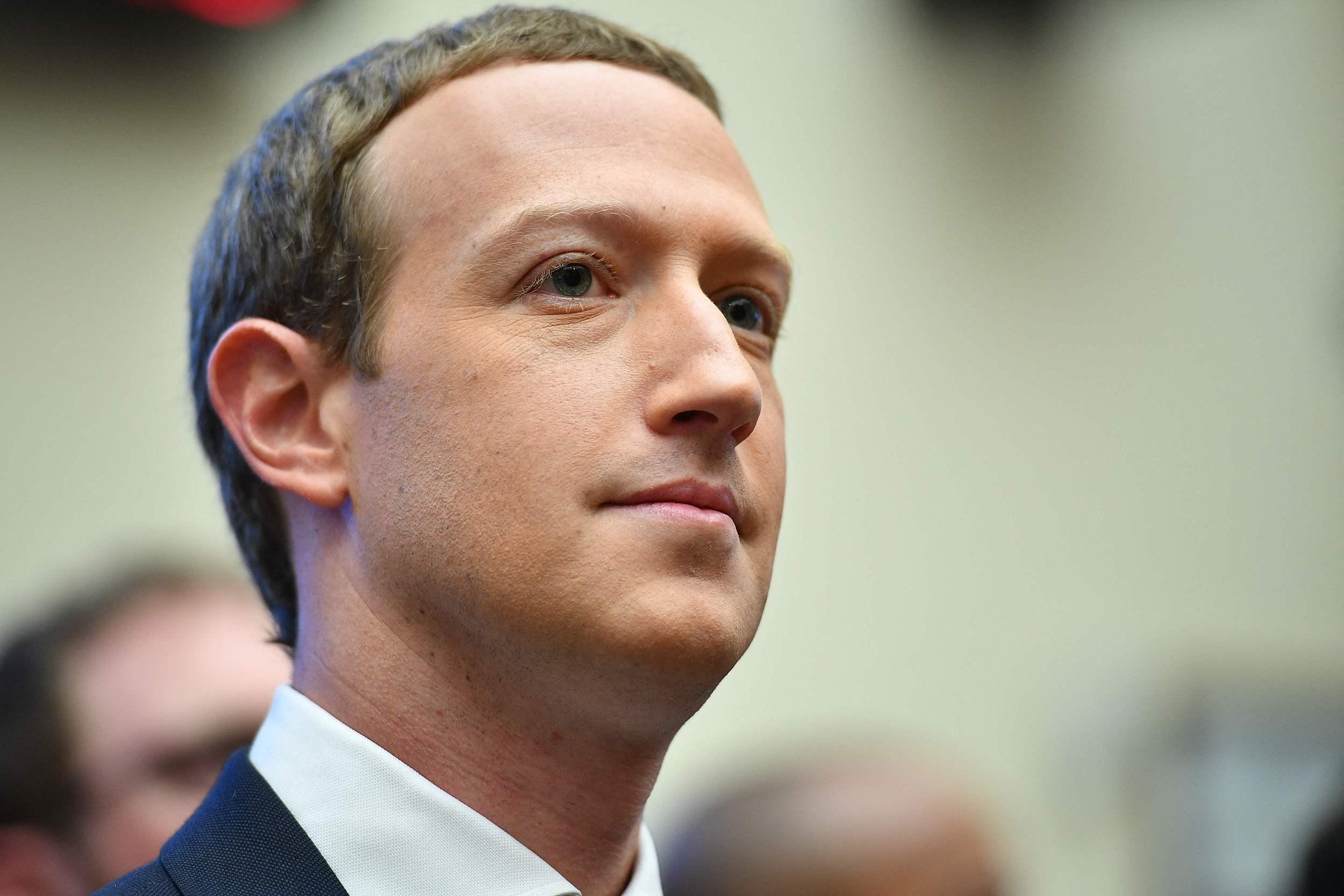 Facebook被忽视的一面:年轻用户持续下滑