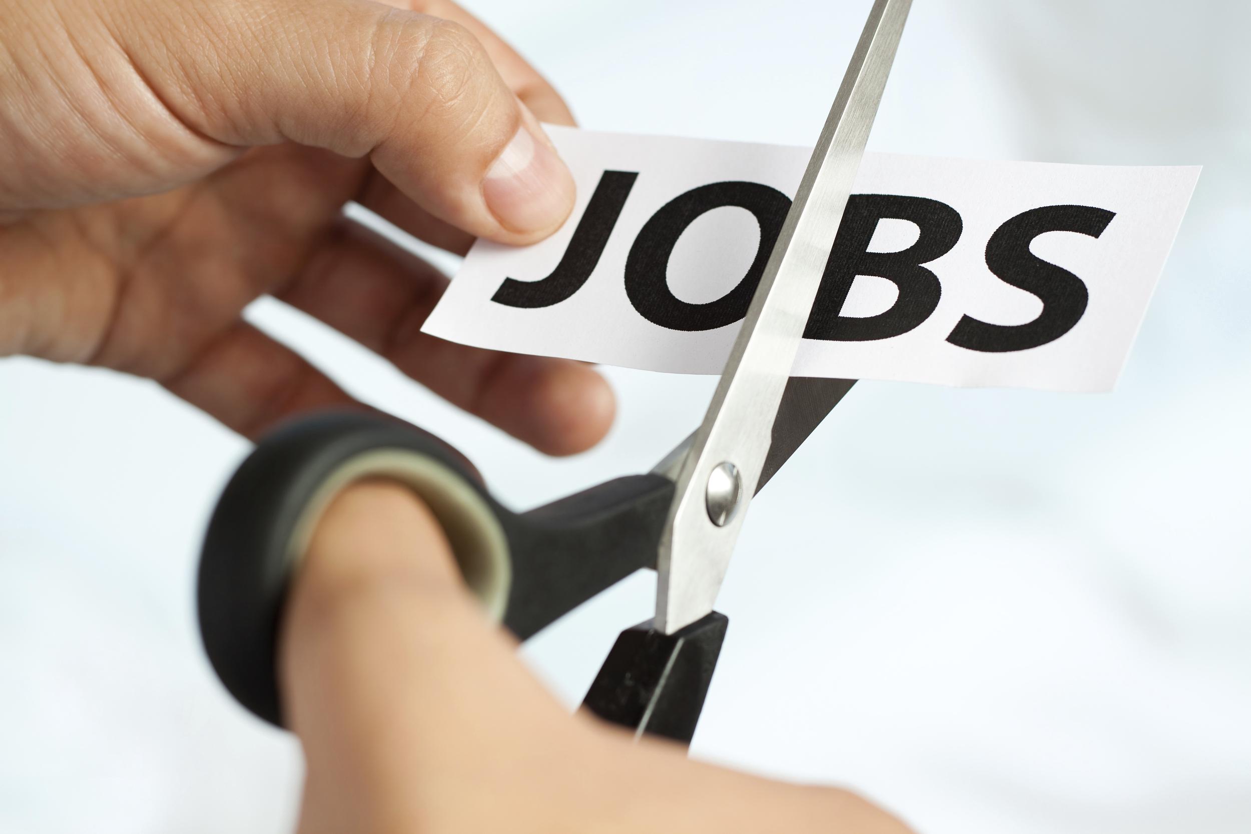 就业|谁在招人谁在裁人?细拆美国4月非农就业数据