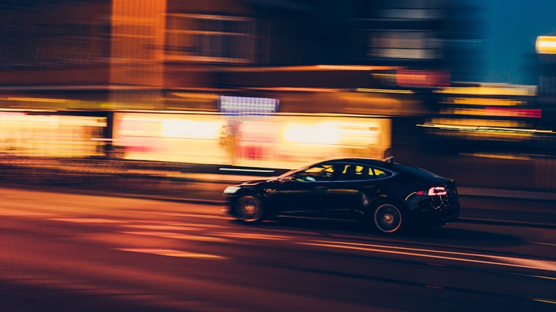 新能源汽车 乘联会:8月乘用车市场零售同比下降14.7% 新能车零售同比增长167.5%