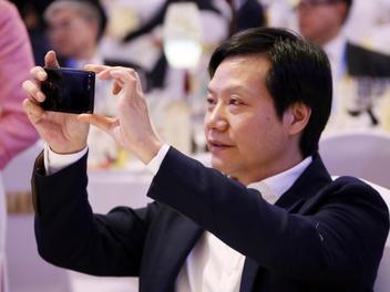 打响2019手机第一枪!小米将红米品牌独立或对标荣耀