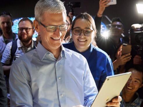 苹果春季发布会:iPad Pro和iMac均用自研芯片M1,新发紫色iPhone 12和失物追踪器AirTag
